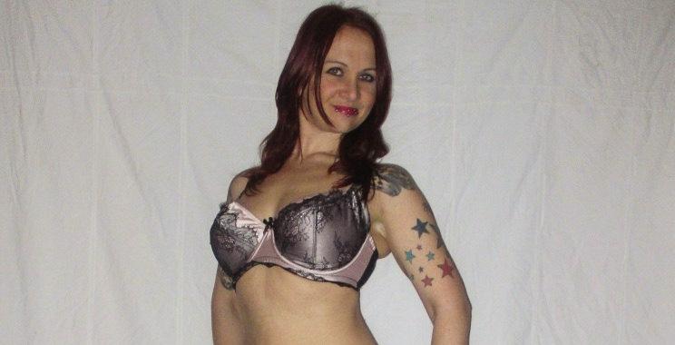 Kayla English escort in Nottingham
